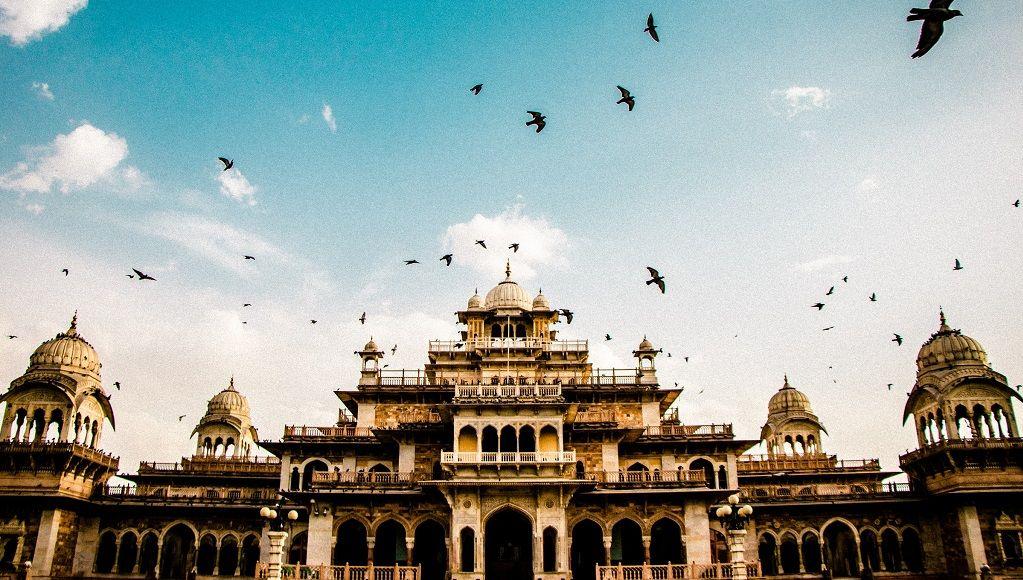 visit Albert Hall Museum in Jaipur