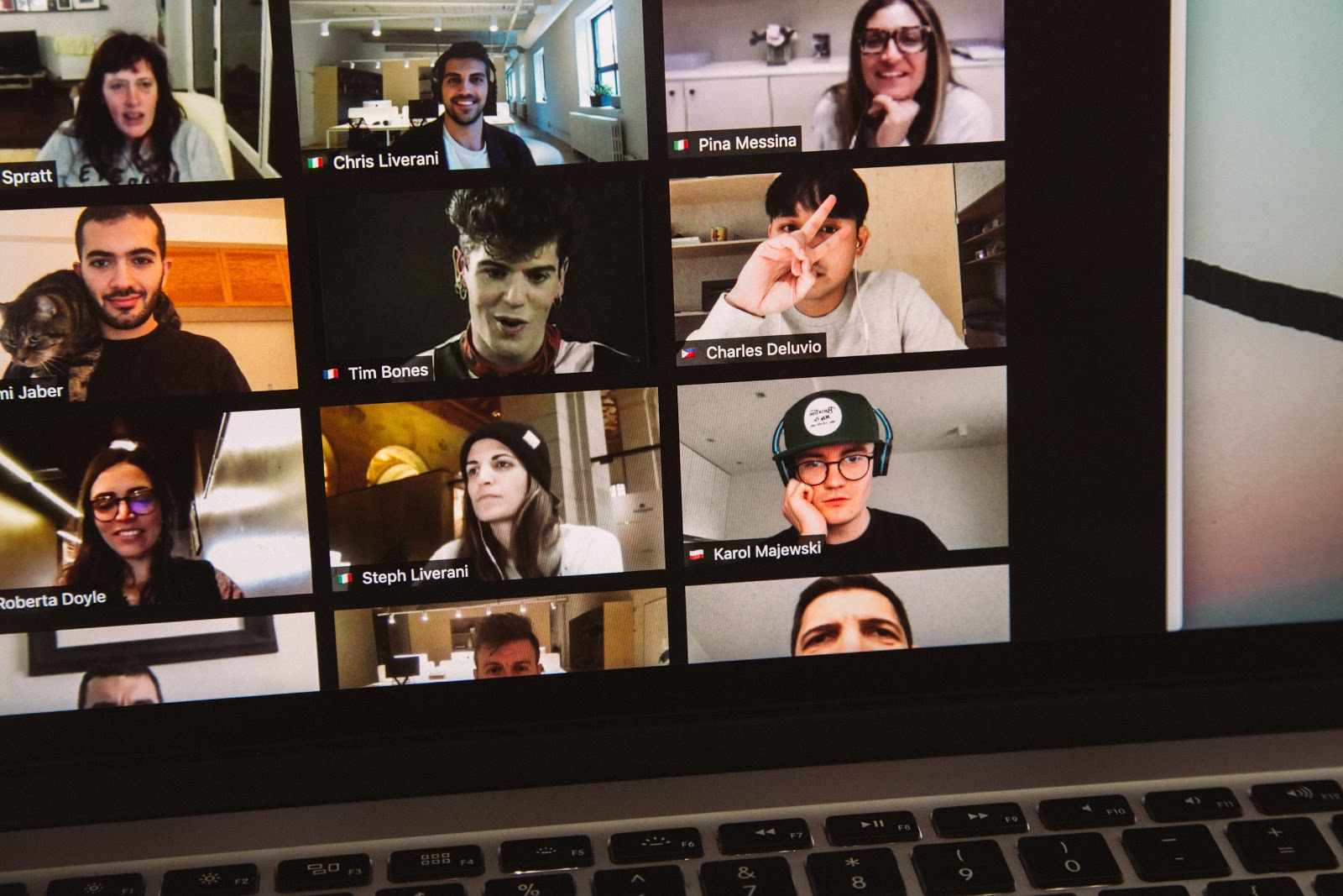 Building online community with video calls