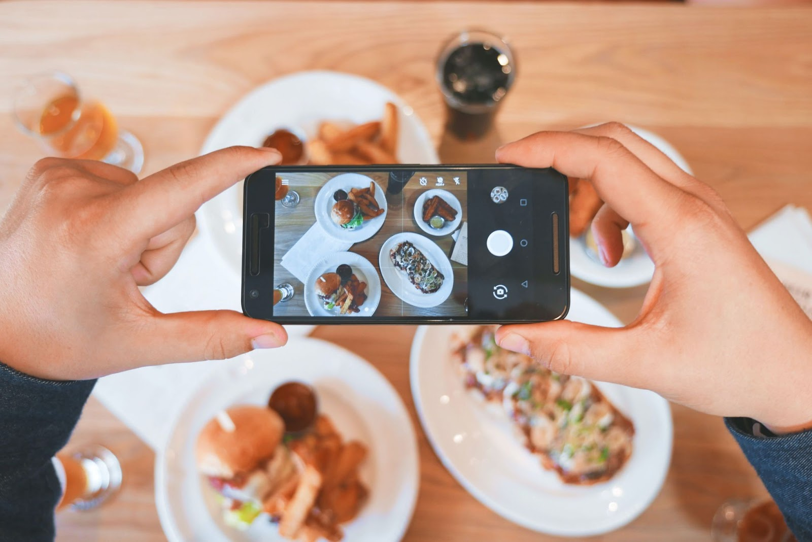 Instagram stories help in interactive and engaging with fitness brands