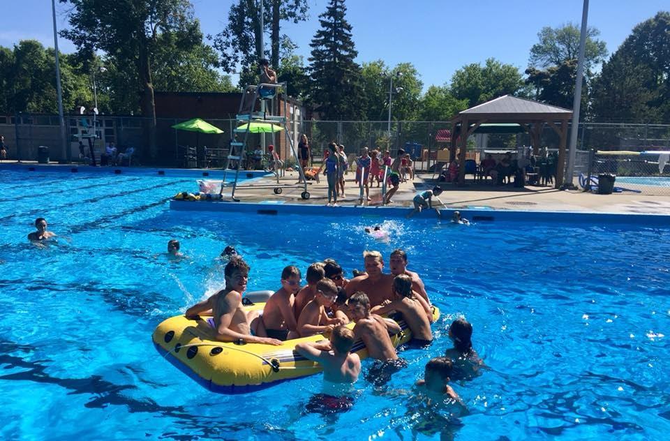 Piscine Lakeide pool loved Omnify's excellent customer support