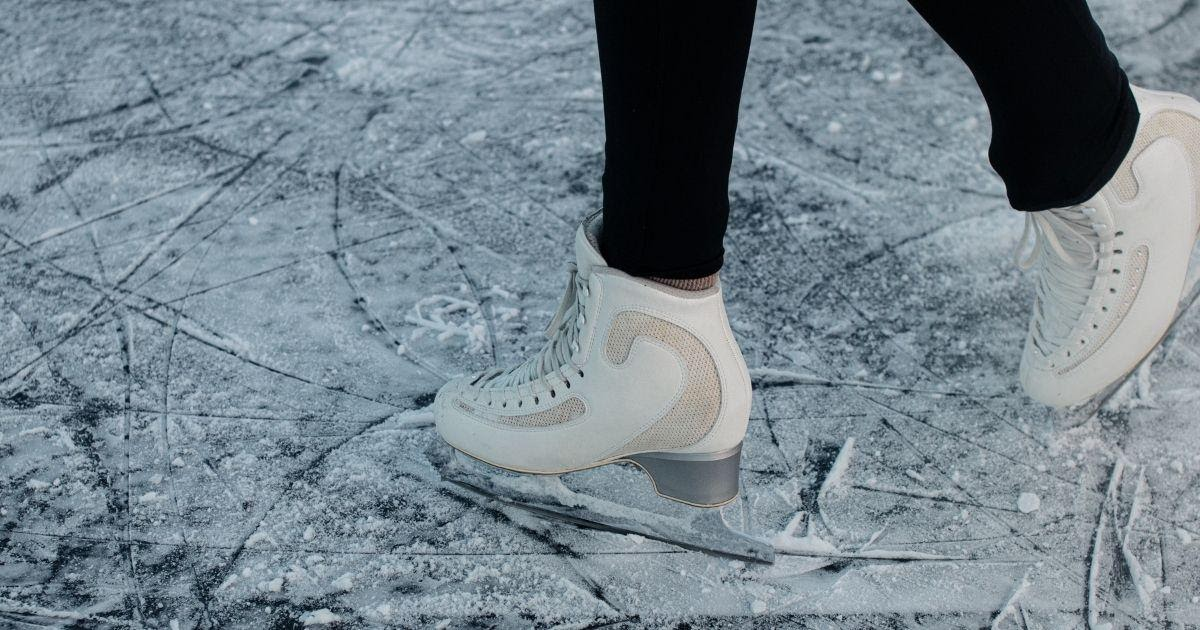Bundle your ice skating classes to boost sales during the season