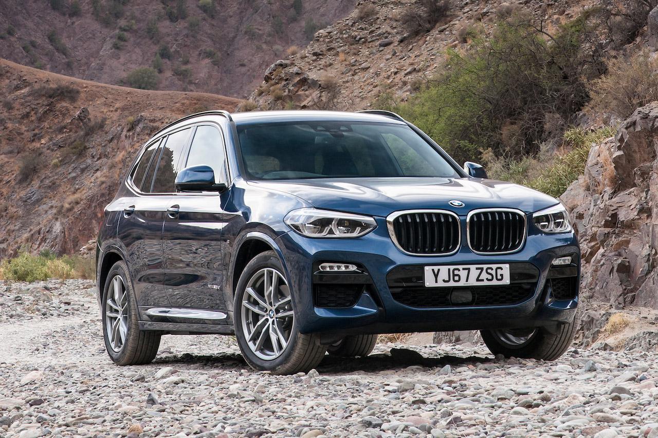 BMW strokkarnir fjórir eru nú tákn um rafhlöður