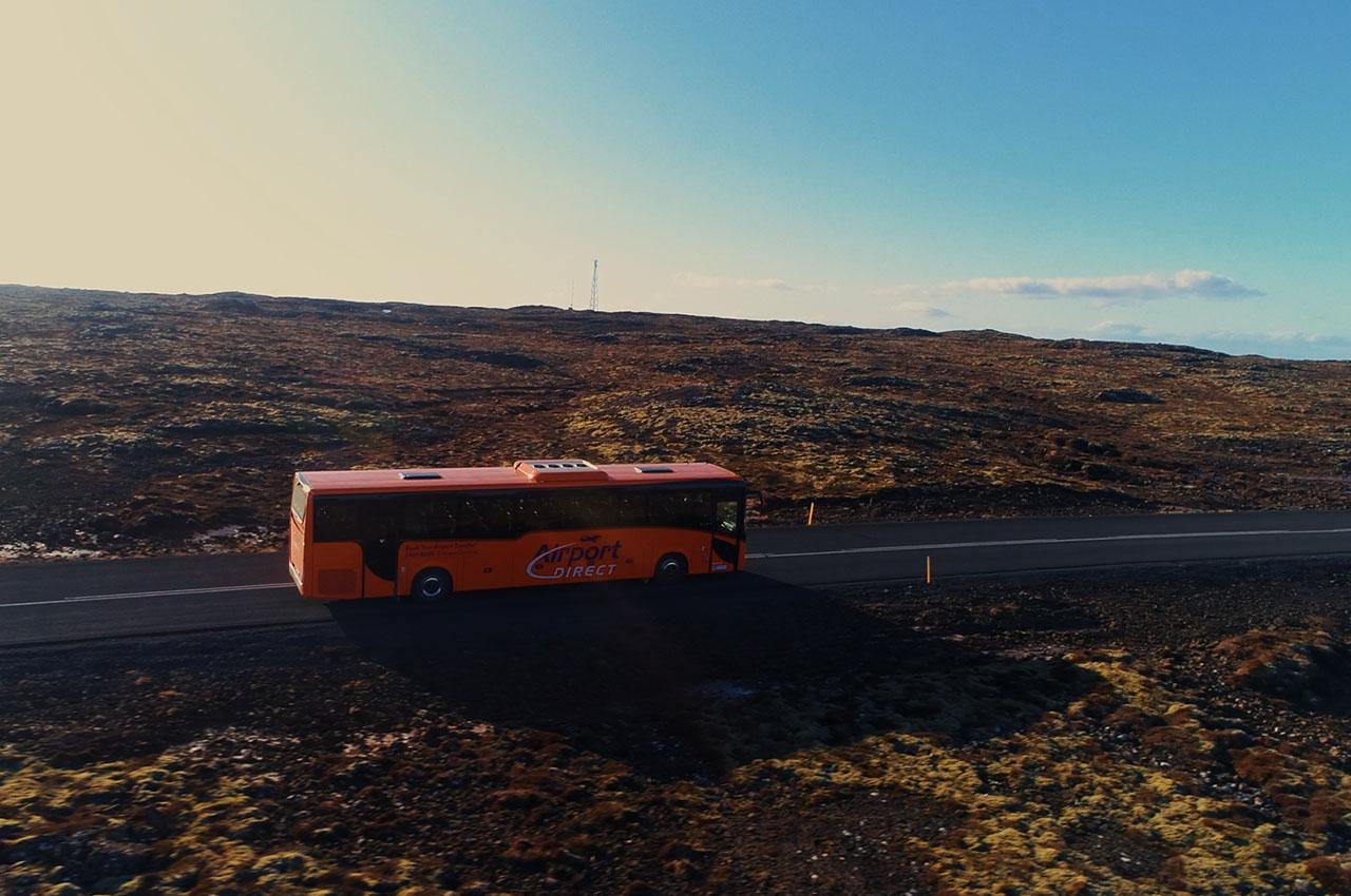 Sex Iveco Evadys farþegarútur til Airport Direct