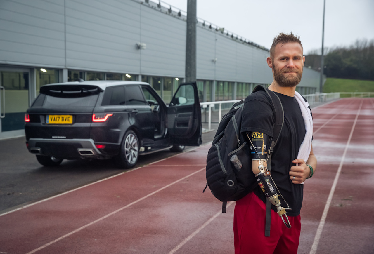 Jaguar Land Rover opnar dyrnar fyrir þig