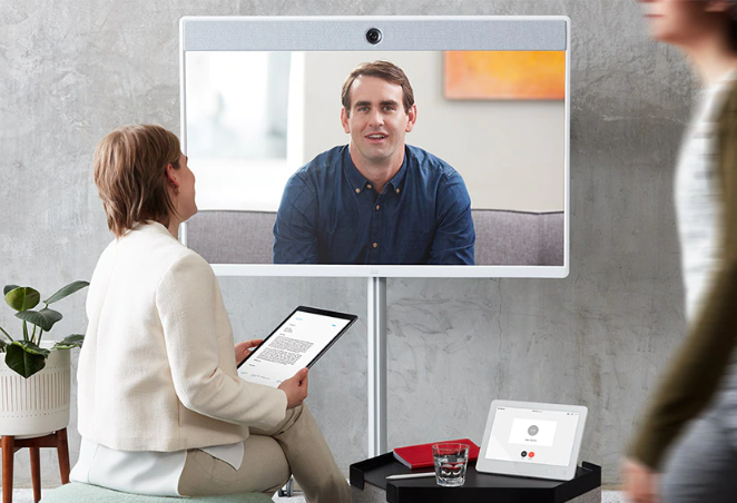 Cisco Webex Telepresence Collaboration talking