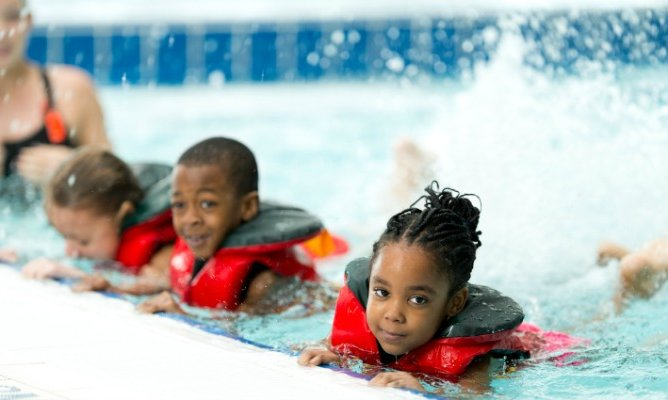 news city of newark offers free swimming and water aerobics class