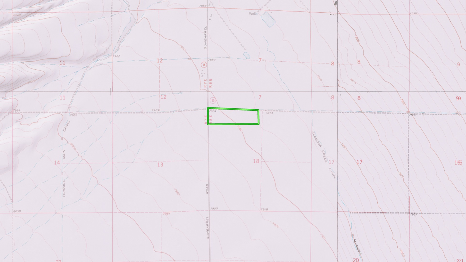 Topographical Map : 7,900 ft elevation