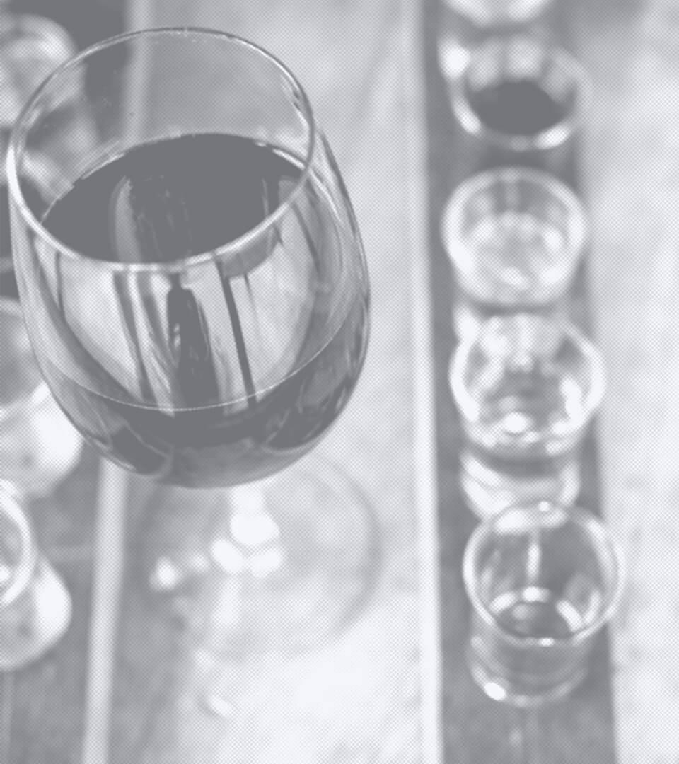 Nahaufnahme eines Weinregals