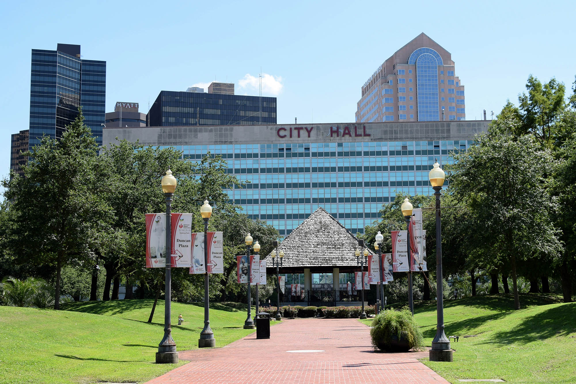 Duncan Plaza