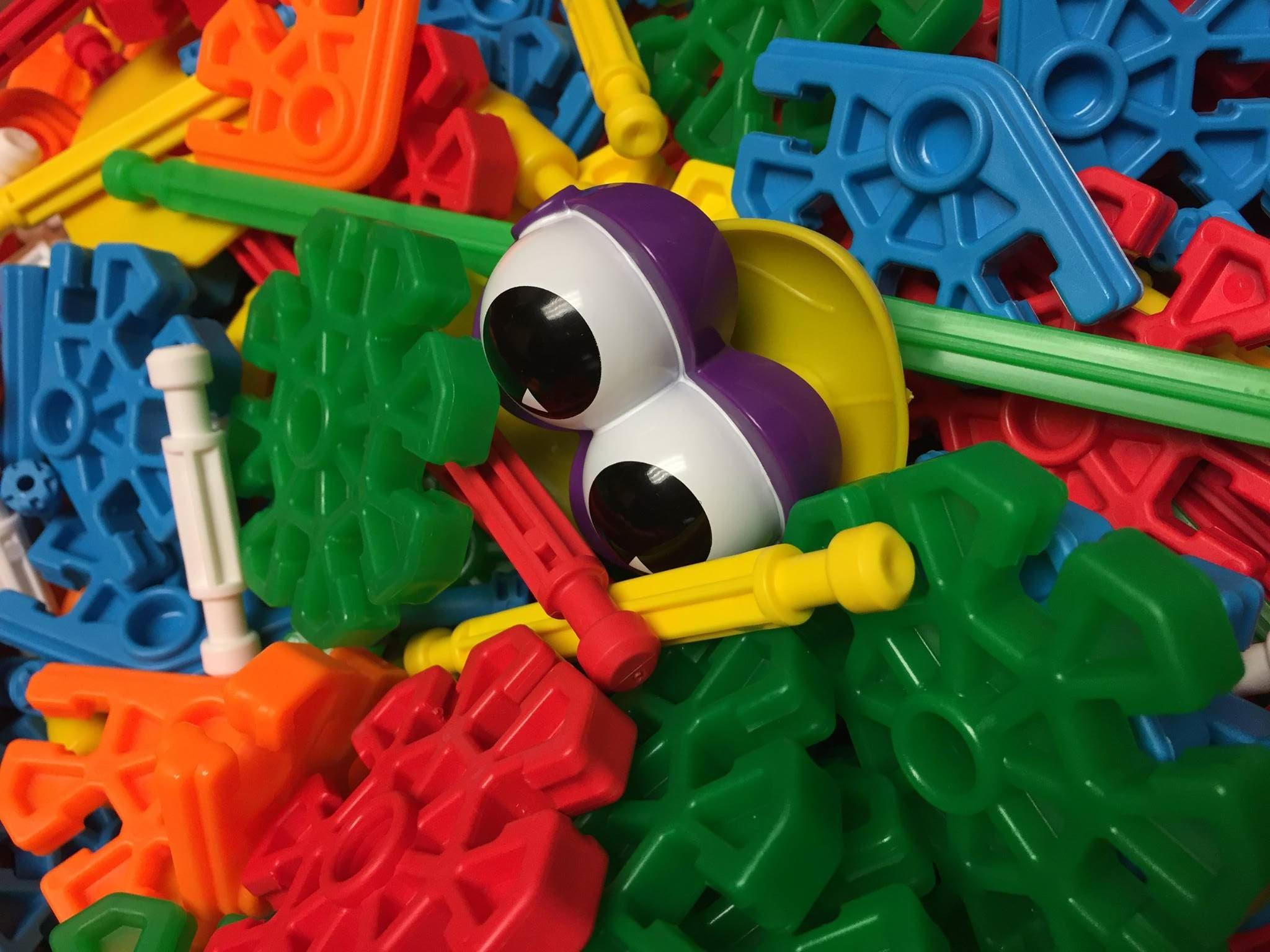 Toys Eyes