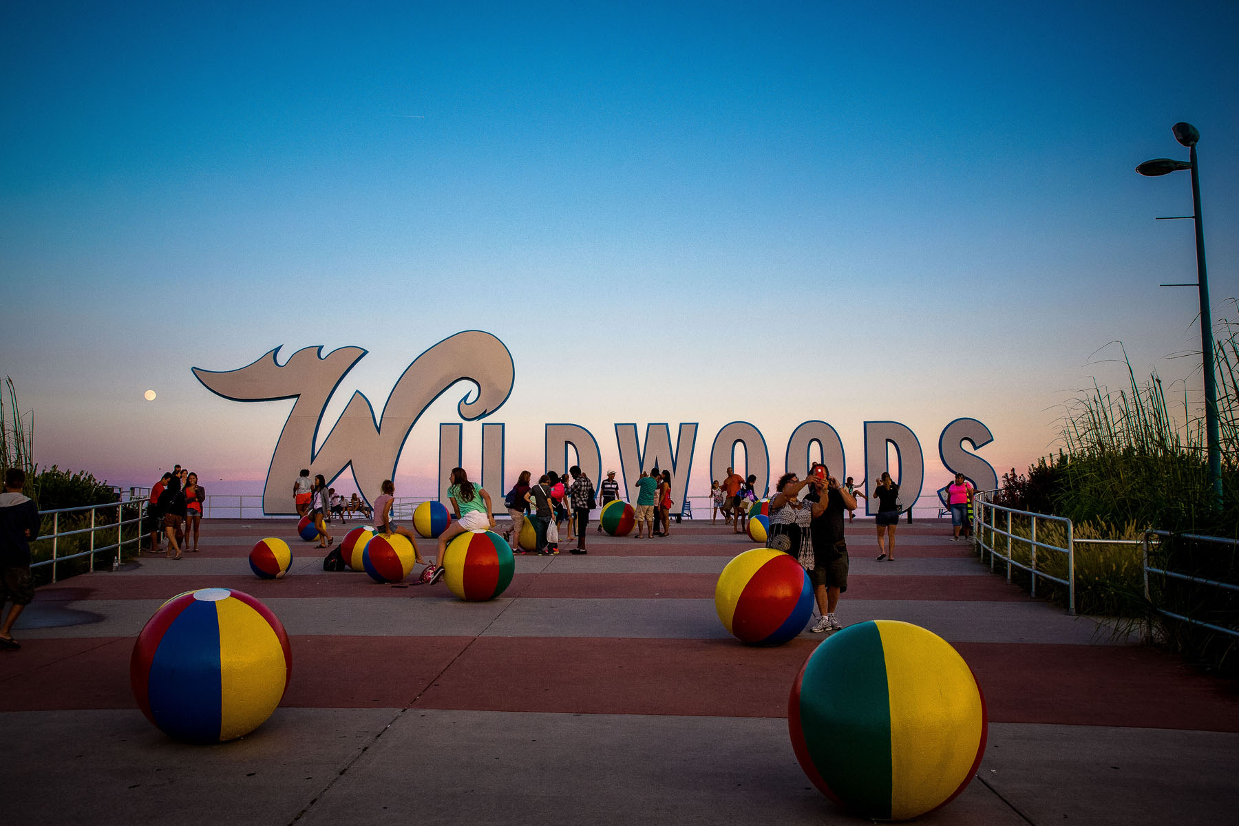 Tri The Wildwoods Triathlon - entrance beach ball art