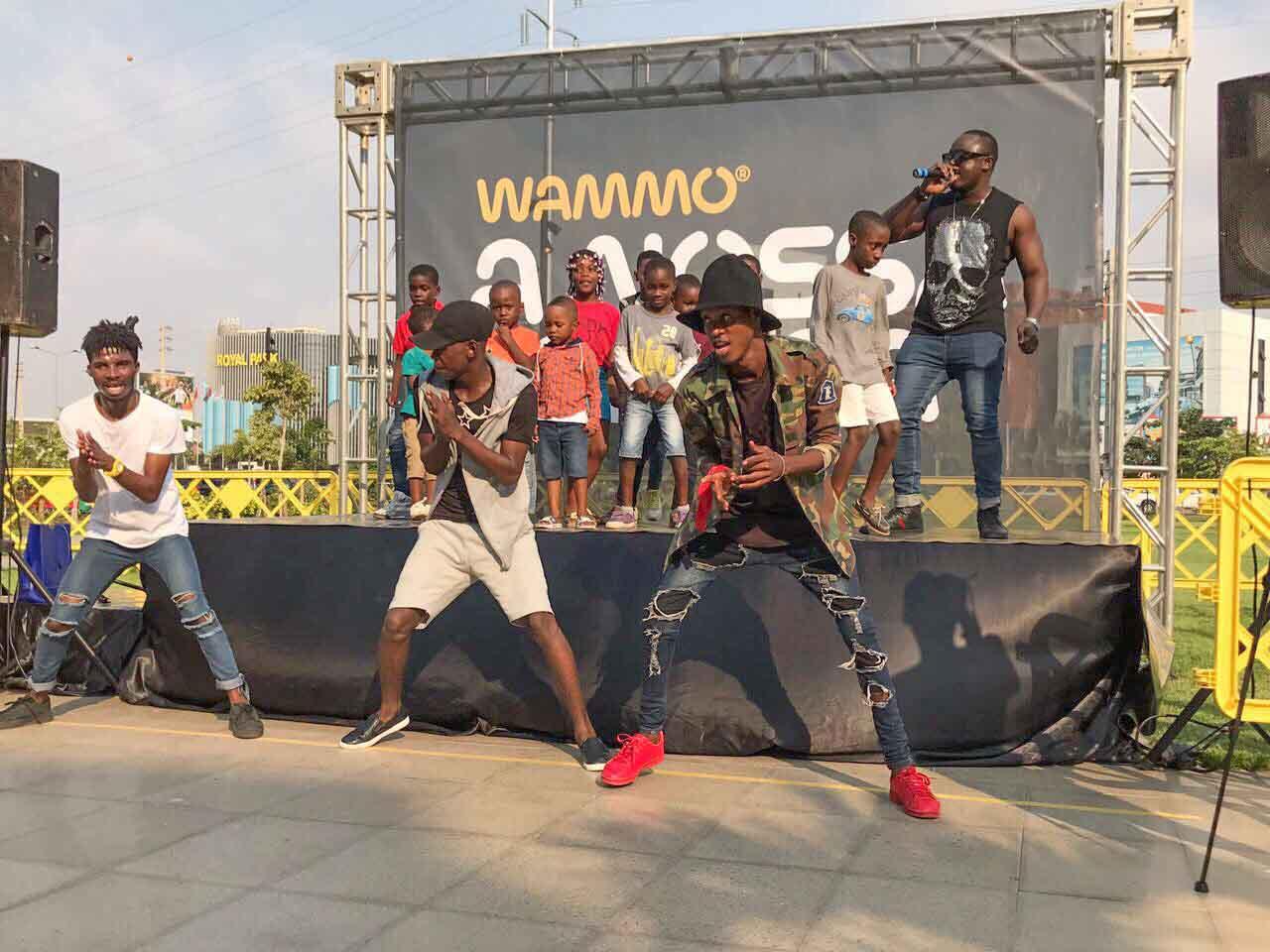 Zoca Zoca entretém plateia no primeiro showcase da Wammo