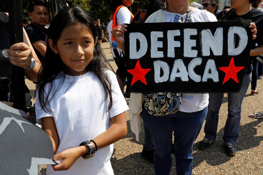 """EUA: Papa espera que o Governo dos Estados Unidos """"repense"""" abolição da lei sobre imigrantes menores"""