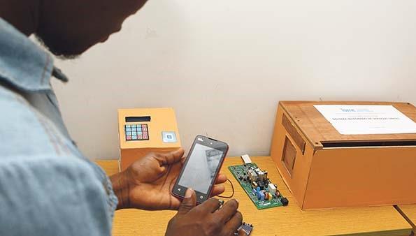 Estudantes pretendem comercializar aplicativo de localização de multicaixas