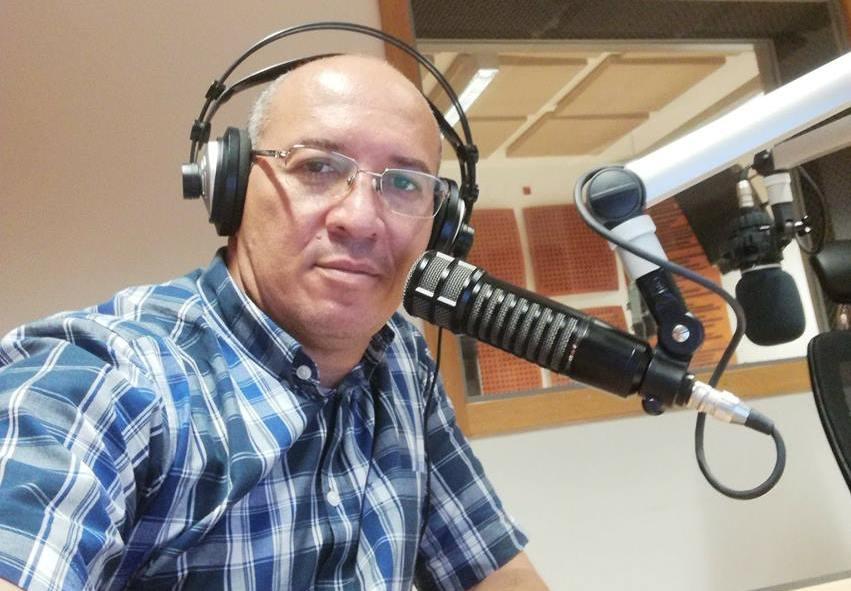 Edson Macedo critica comentários dos júris do Unitel Estrelas ao Palco