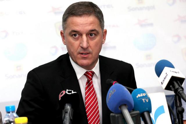 Vasiljevic pondera abandonar Selecção Nacional por falta de condições