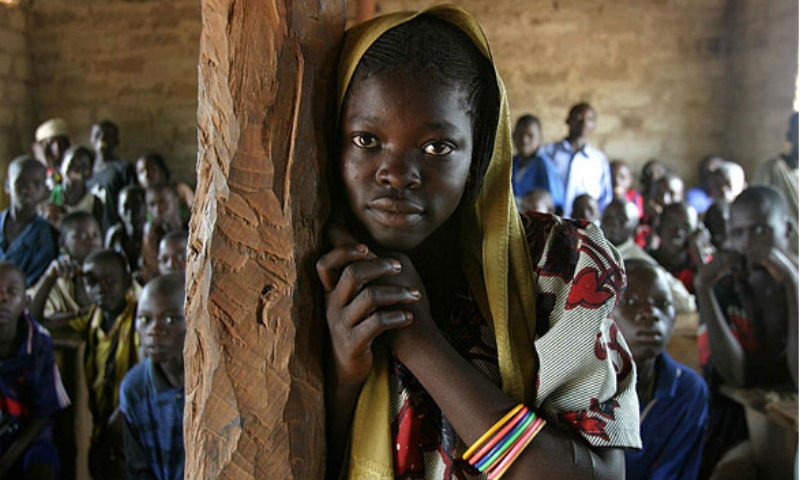 Uma em cada quatro crianças do Médio Oriente e Norte de África enfrentam pobreza aguda