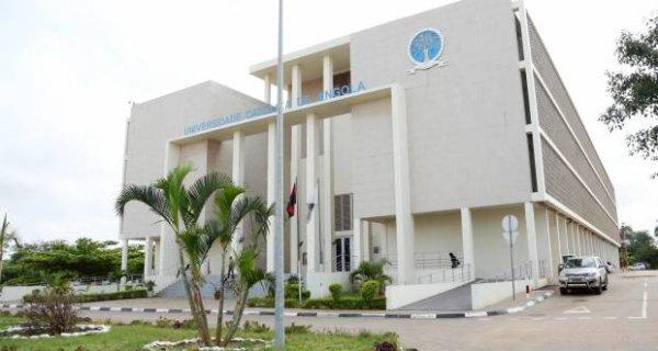 Universidade Católica de Angola assina protocolo com a comunidade ALUMINI