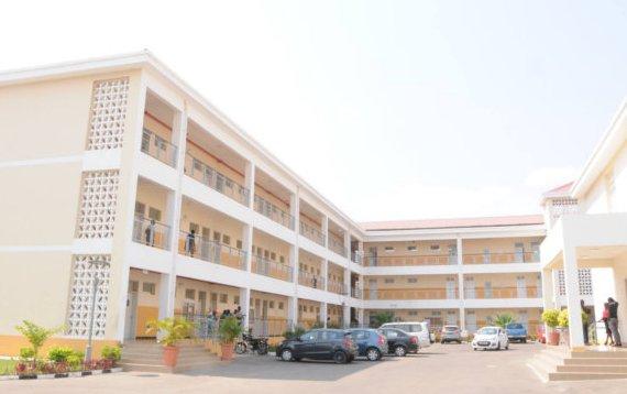 """ISCED de Luanda é palco para a 1ª edição da """"Feira Acção Saúde"""""""