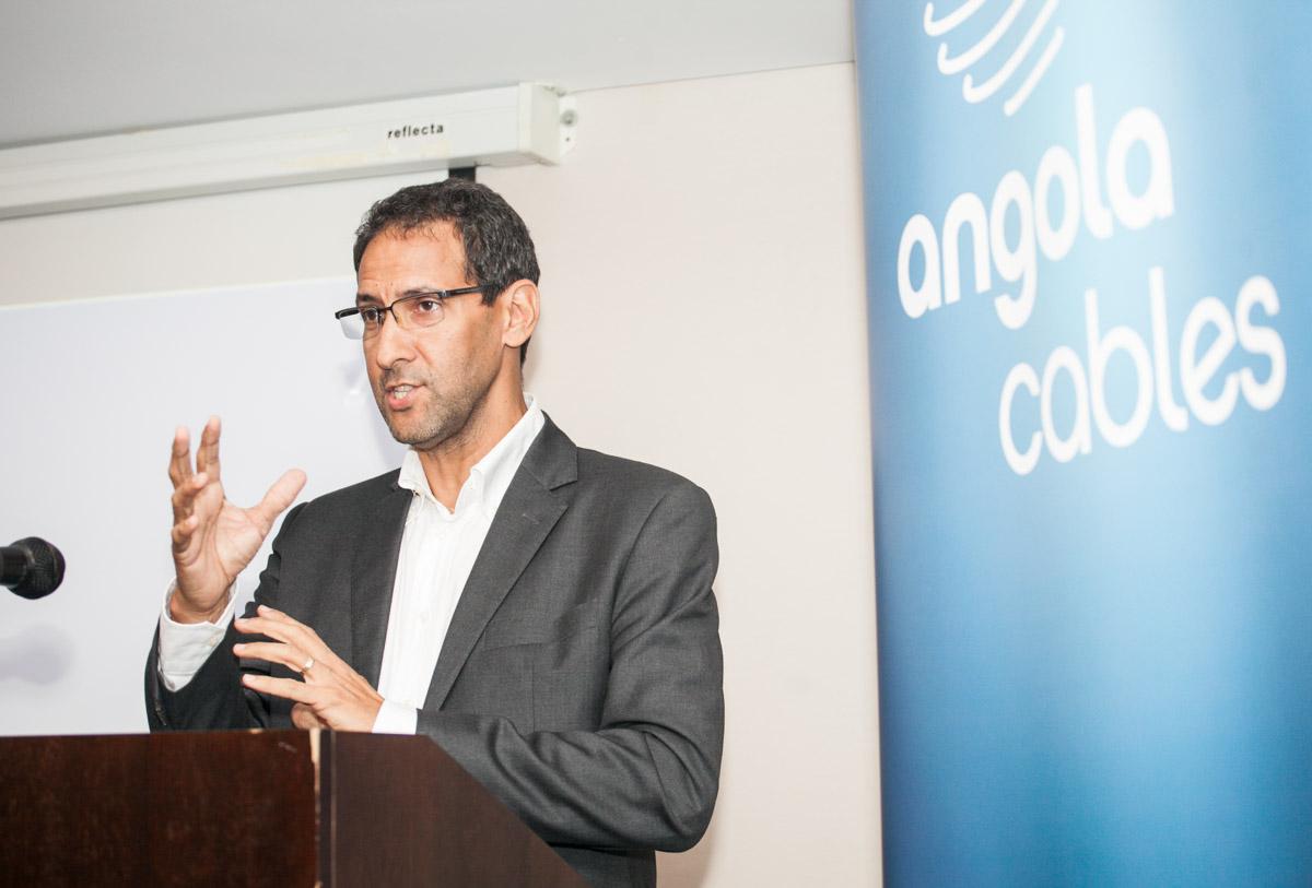 """""""A internet em Angola é cara porque não é uma coisa isolada do país, onde tudo é caro"""", afirma CEO da Angola Cables"""