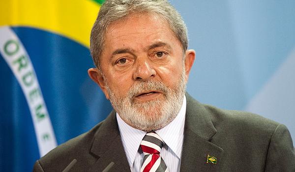 Lula da Silva mantém-se como o candidato favorito dos brasileiros