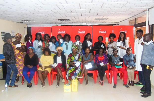 Coca-Cola lança projecto 5BY20 no Uíge para transformar vendedoras ambulantes em empreendedoras