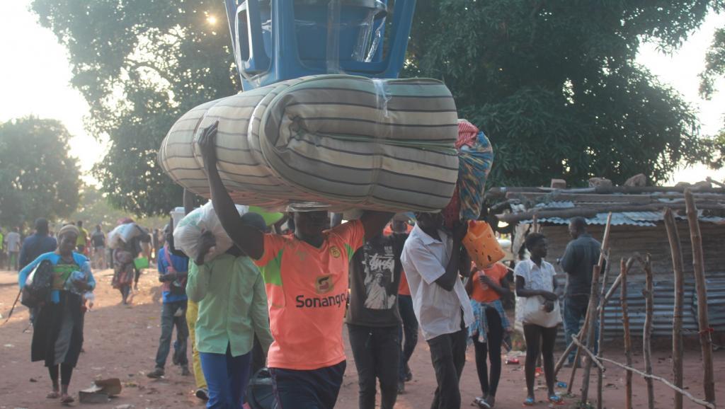Angola expulsou quase mil estrangeiros numa semana