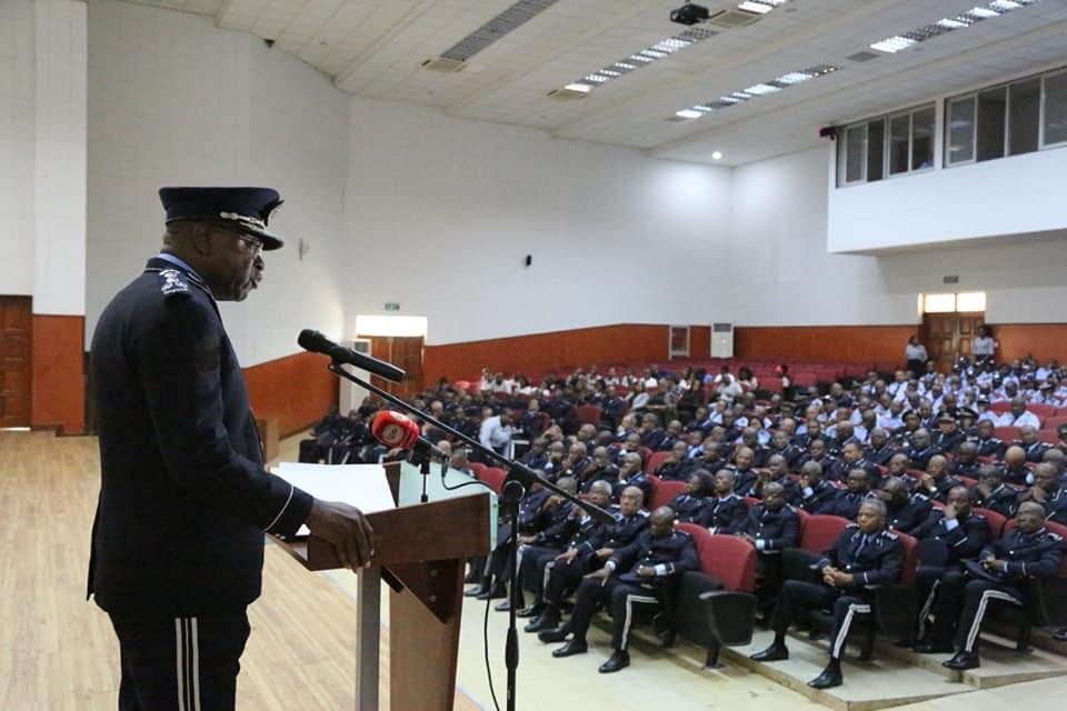 """Operação """"Resgate"""" vai continuar e sob comando da Polícia Nacional, garante Comandante Geral"""