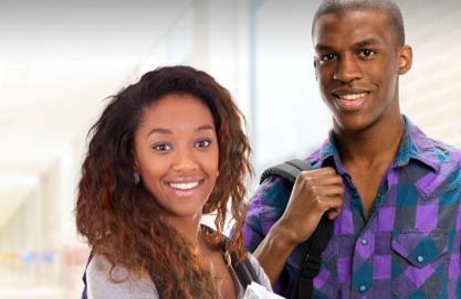 Banco Económico disponibiliza bolsas para o ensino superior