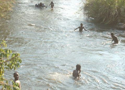 Morrem gémeas afogadas no rio Cuporolo