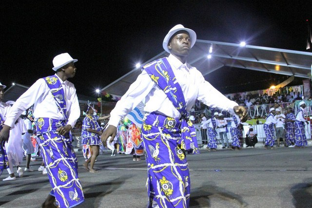 Líderes de grupos carnavalescos contestam resultados finais