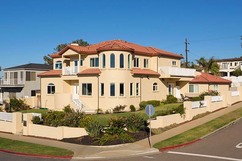 1053 Sunset Cliffs Blvd. San Diego, CA 92107