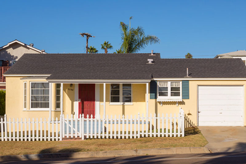 4648 Point Loma Ave. San Diego, CA 92107
