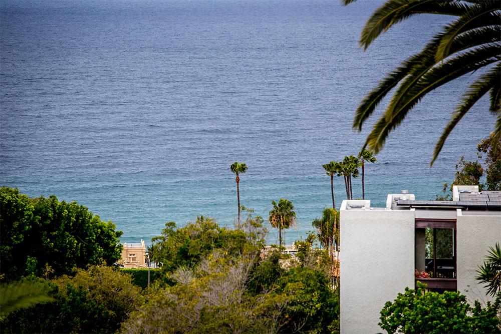 7732 Lookout Dr, La Jolla, CA 92037