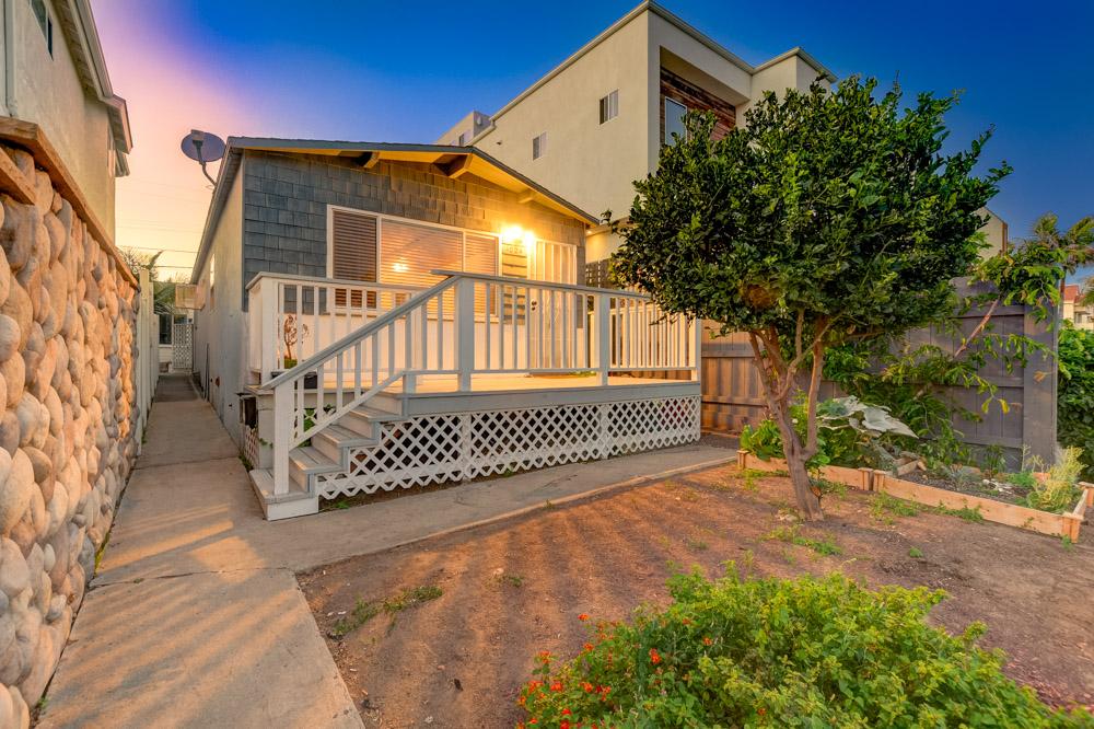 1024 Tourmaline St. San Diego, CA 92109