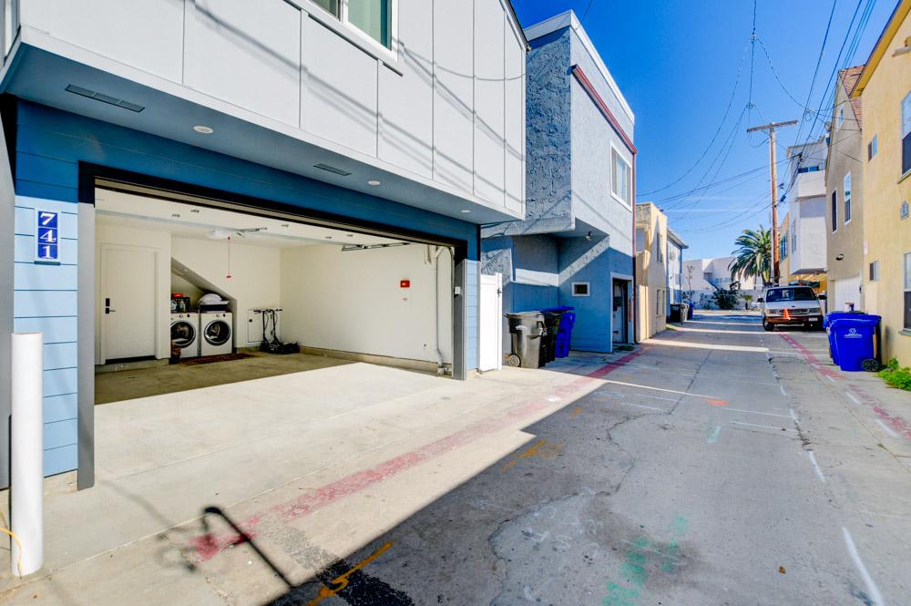 741 York Ct. San Diego, CA 92109
