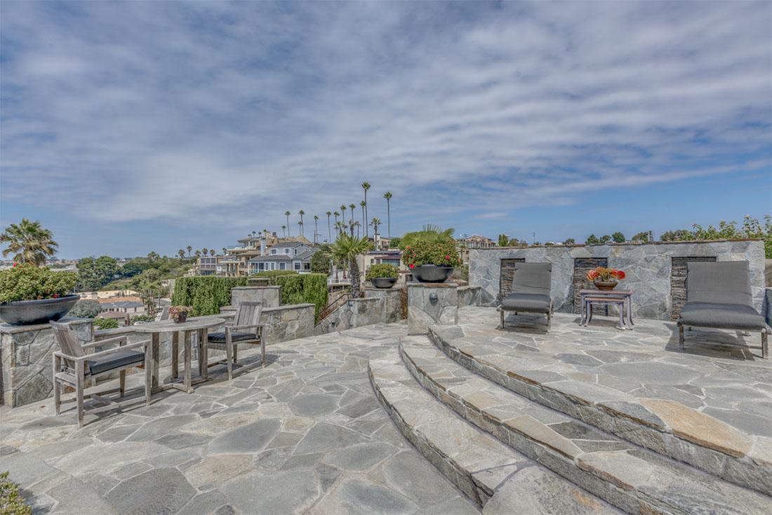 309 Carnation Ave. Corona Del Mar, CA 92625