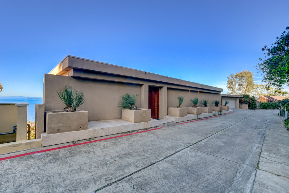 1730 Valdes Dr. La Jolla, CA 92037