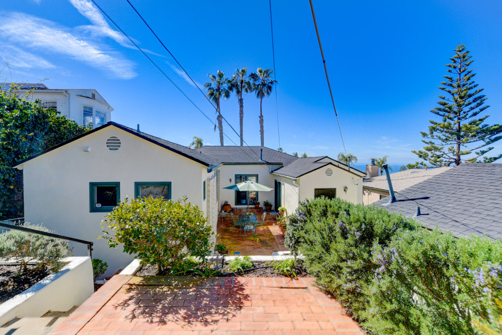 4458 Orchard Ave. San Diego, CA 92107
