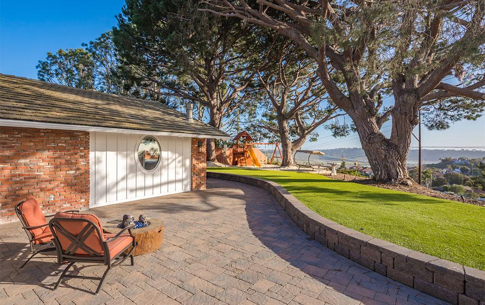 1415 Highland Dr. Solana Beach, CA 92075