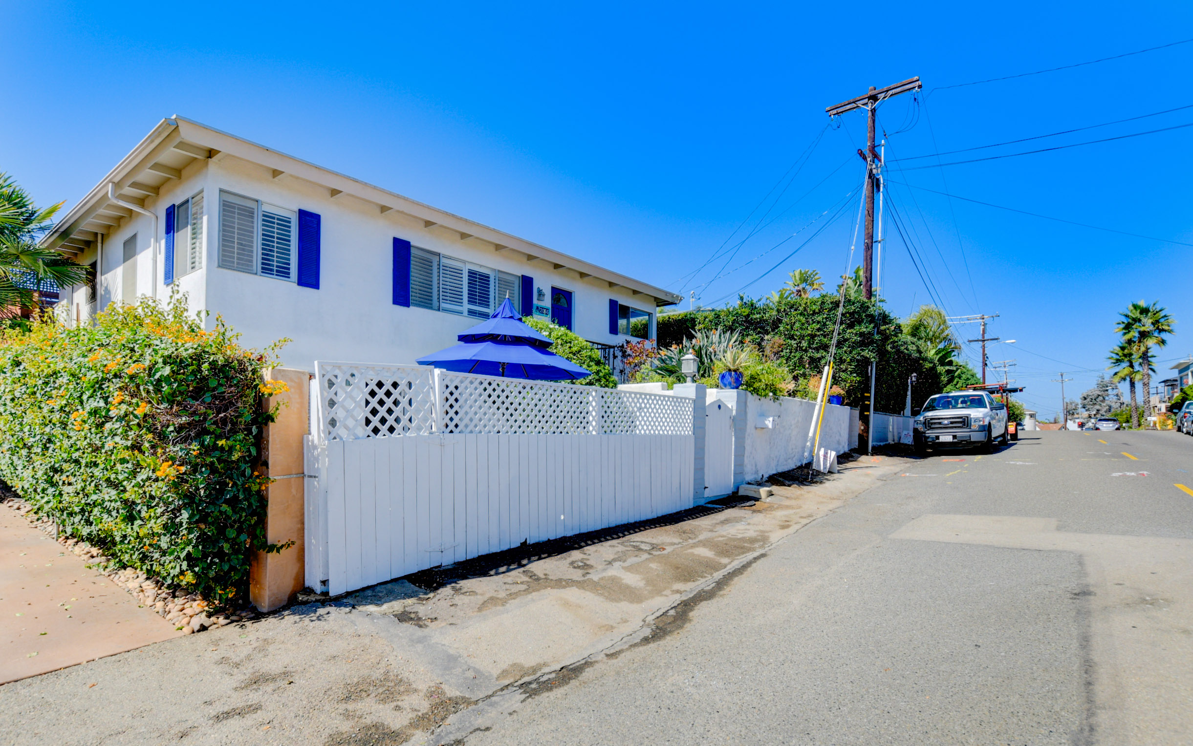 2070 Westminster DrCardiff, CA 92007