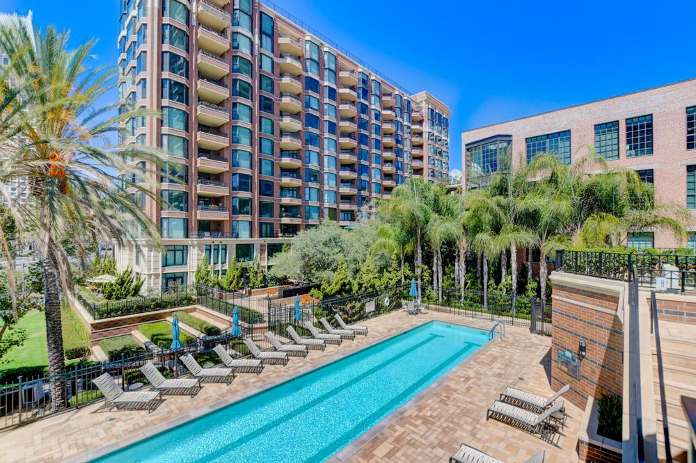 500 W Harbor Dr Unit 1121 San Diego, CA 92101