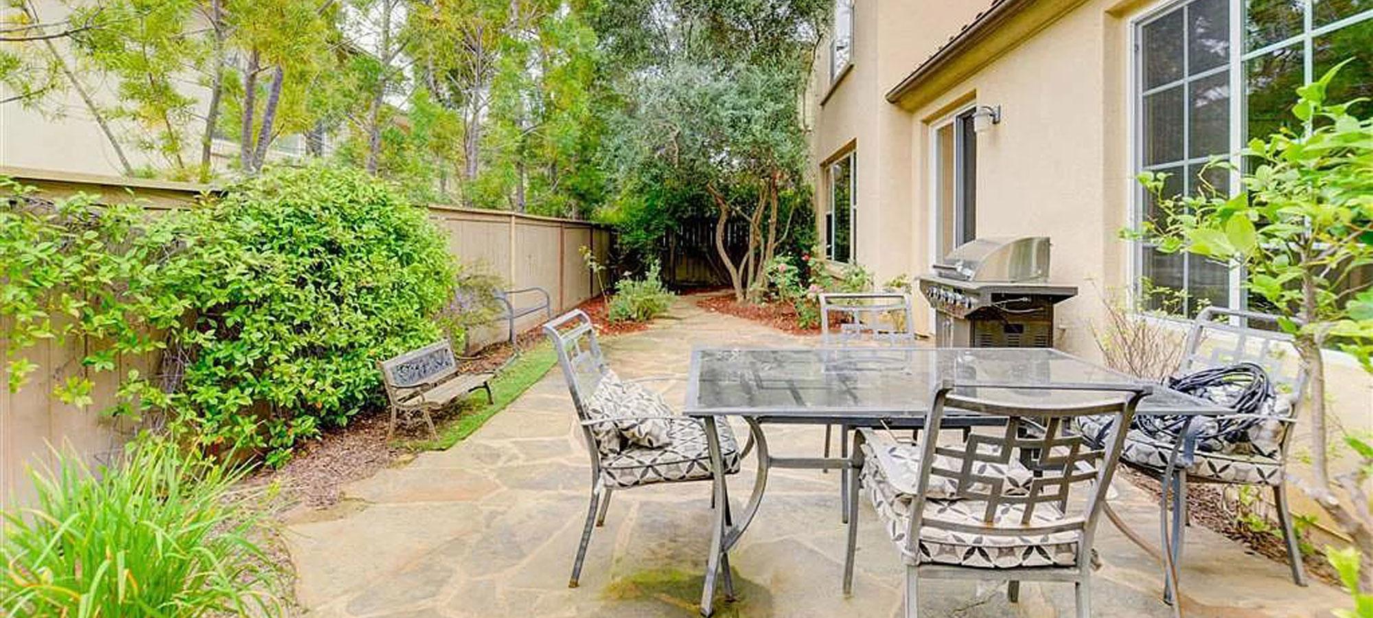 15645 Via Montecristo, San Diego, CA 92127
