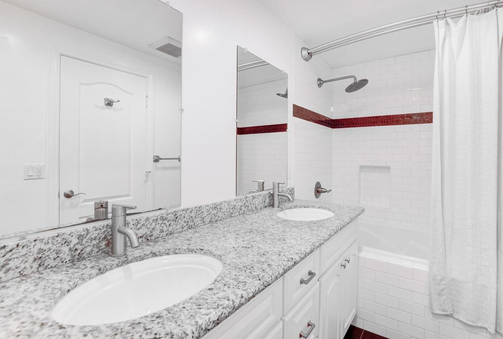 5565 La Jolla Mesa Dr. La Jolla, CA 92037