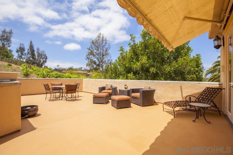 16128 Rambla De Las Flores Rancho Santa Fe, CA 92067