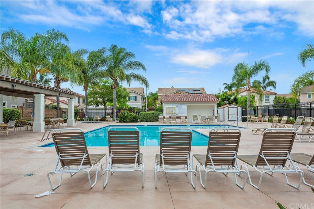 323 Alamo Way Oceanside, CA 92057