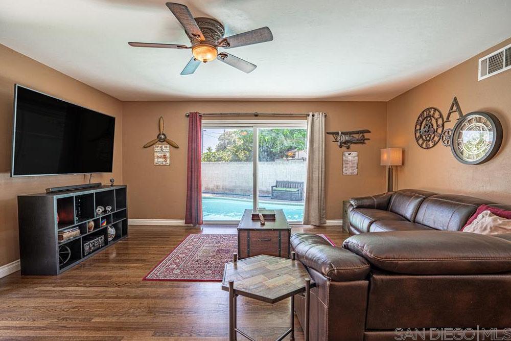 783 Laurelwood Way El Cajon, CA 92021