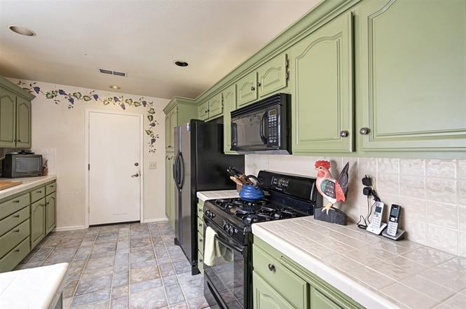 7221 Linden Terrace Carlsbad, CA 92011