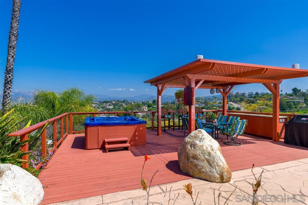11457 Canyon Park Dr. Santee, CA 92071