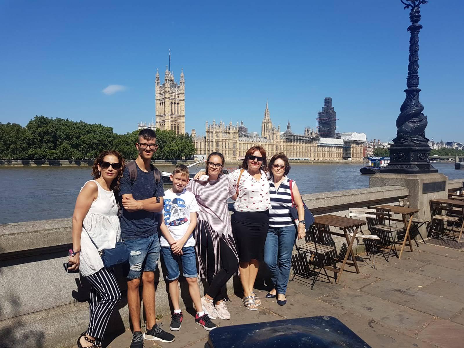 Family Photo  on Harry Potter  taxi tour, Embankment